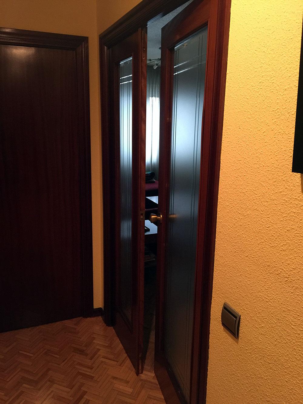 Reformas-Pamplona-Vivienda-Belate-lacado-puertas-Antes-02